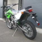 新車 カワサキ KLX125 グリーン リヤサイド