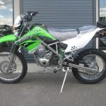 新車 カワサキ KLX125 グリーン レフトサイド