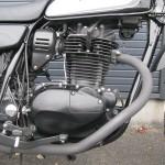 中古車 カワサキ 250TR ブラック/ホワイト エンジン
