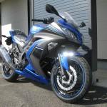 新車 カワサキ NINJA250 ABS スペシャルエディション ブルー/グレー フロントサイド2