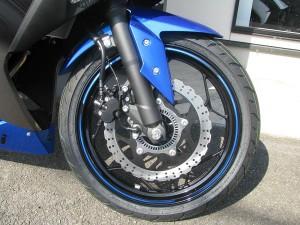 新車 カワサキ NINJA250 ABS スペシャルエディション ブルー/グレー フロントホイール