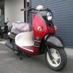 新車 ヤマハ ビーノSweet Style ブラウン/レッド フロントサイド