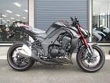 カワサキ Z1000ABS レッド/ブラック ライトサイド