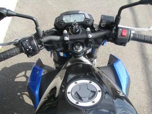カワサキ Z250SL ブルー ハンドル周り