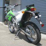 カワサキ KLX125 グリーン リヤサイド