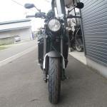 ヤマハ XSR900 ブルー フロントサイド2