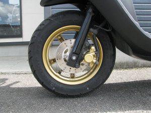 中古バイク ヤマハ JOGZR マットグレイ フロントタイヤ