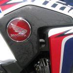 新車バイク ホンダ CRF1000L アフリカツイン トリコロール タンクエンブレム