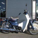 ホンダ プレスカブ(50cc) ブルー 右側