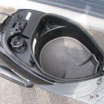 スズキ レッツ4 ブラック ヘルメットボックス