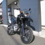 ヤマハ WR250X ブラック/グレイ 前側