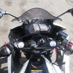 ヤマハ YZF-R25 ABS ホワイト/レッド メーターパネル