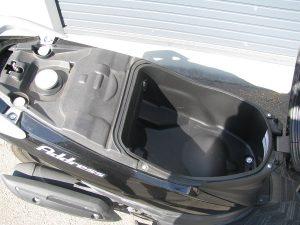 スズキ アドレス110 ブラック シートボックス