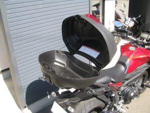 ヤマハ MT-09トレーサーABS レッド トップボックス中