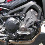 ヤマハ MT-09トレーサーABS レッド エンジン右側(エンジンスライダーが付いてます。)