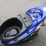 新車情報 ヤマハ JOGZR Movistar Yamaha MotoGP Edition ブルー シートボックス