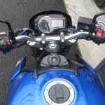 中古車 スズキ GSR750ABS ブルー/ホワイト メーターパネル