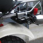 中古車情報 ホンダ モンキー ホワイト/レッド 2007年モデル ヘルメットホルダー