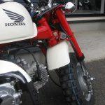 中古車情報 ホンダ モンキー ホワイト/レッド 2007年モデル ハンドルロック