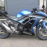 カワサキ NINJA250ABS スペシャルエディション ブルー/ブラック 右側