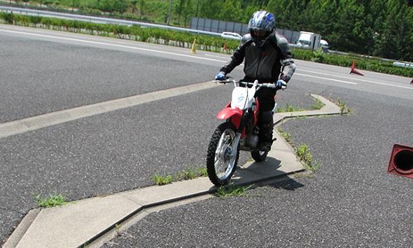 ホンダ モーターサイクリストスクール オフロードバイク入門 inツインリンクもてぎ