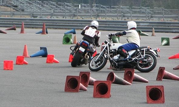 ホンダ モーターサイクリストスクールのおしらせ