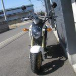 中古車情報 ホンダ グロム(GROM)ホワイト (125cc原付二種) まえ側