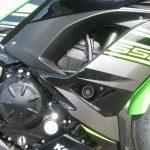 新車情報 カワサキ NINJA650 KRT Edition グリーン/ブラック 右サイドカウル