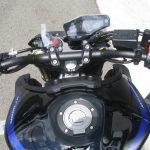 ヤマハ MT-09SP ABS シルバー/ブルー ハンドル周り