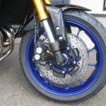ヤマハ MT-09SP ABS シルバー/ブルー フロントホイール