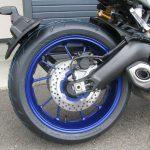 ヤマハ MT-09SP ABS シルバー/ブルー リヤホイール