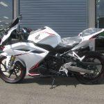 新車バイク ホンダ CBR250RR ABS ホワイト (2018年新色) ひだり側