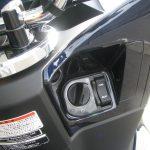 新車情報 ホンダ PCX HYBRID ブルー メインスイッチ