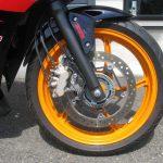 中古車情報 ホンダ CBR250R_ABS レプソルカラー(オレンジ/ブラック/レッド) フロントホイール