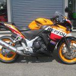 中古車情報 ホンダ CBR250R_ABS レプソルカラー(オレンジ/ブラック/レッド) みぎ側