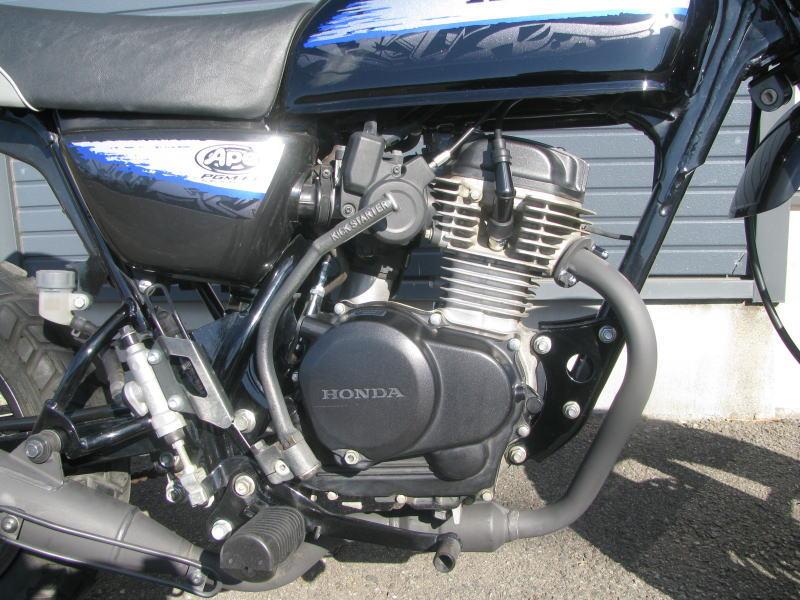 中古車情報 ホンダ エイプ50_Type_D ブラック/ブルー エンジン