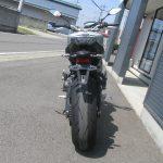 中古車 ヤマハ MT-09 ABS マットシルバー/ブルー 後ろ側
