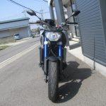 中古車 ヤマハ MT-09 ABS マットシルバー/ブルー 正面