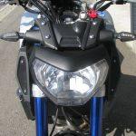 中古車 ヤマハ MT-09 ABS マットシルバー/ブルー ヘッドライト周り
