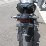 中古車 ヤマハ MT-09 ABS マットシルバー/ブルー テールランプ周り