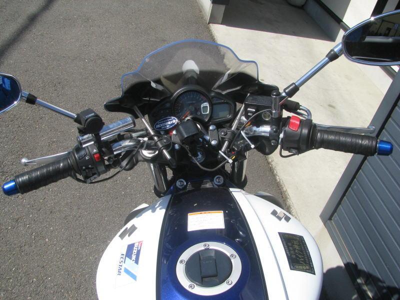 中古車情報 スズキ グラディウス400 ABS ブルー/ホワイト ハンドル周り