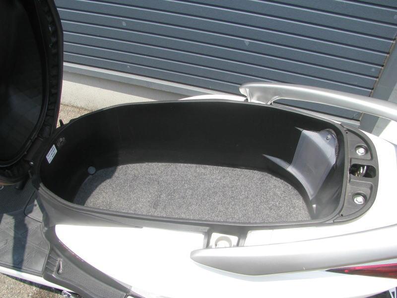 中古車情報 ホンダ リード110 ホワイト シートボックス