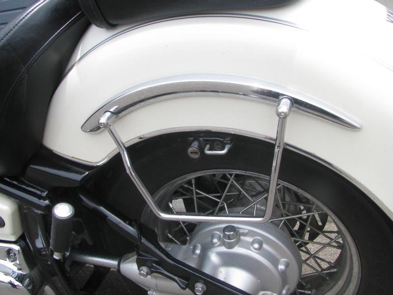 中古車情報 ヤマハ ドラッグスタークラシック1100(DSC1100) ホワイト サドルバックサポートバー