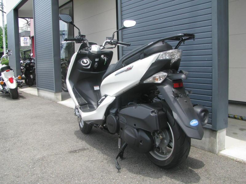 中古車情報 ヤマハ マジェスティS(155ccスクーター) ホワイト うしろ側