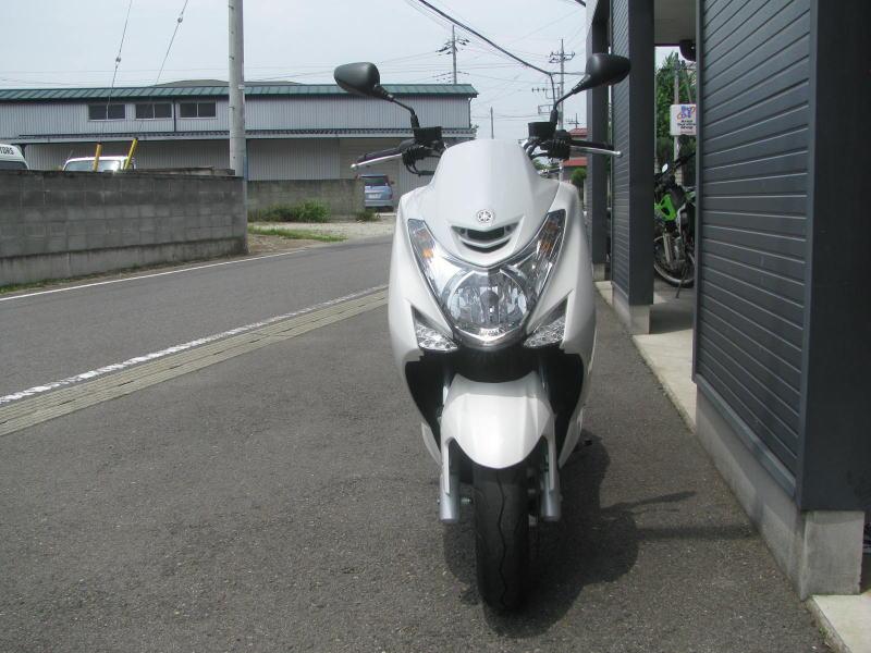 中古車情報 ヤマハ マジェスティS(155ccスクーター) ホワイト まえ側
