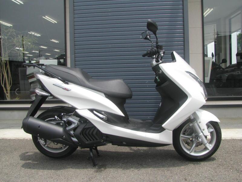 中古車情報 ヤマハ マジェスティS(155ccスクーター) ホワイト みぎ側