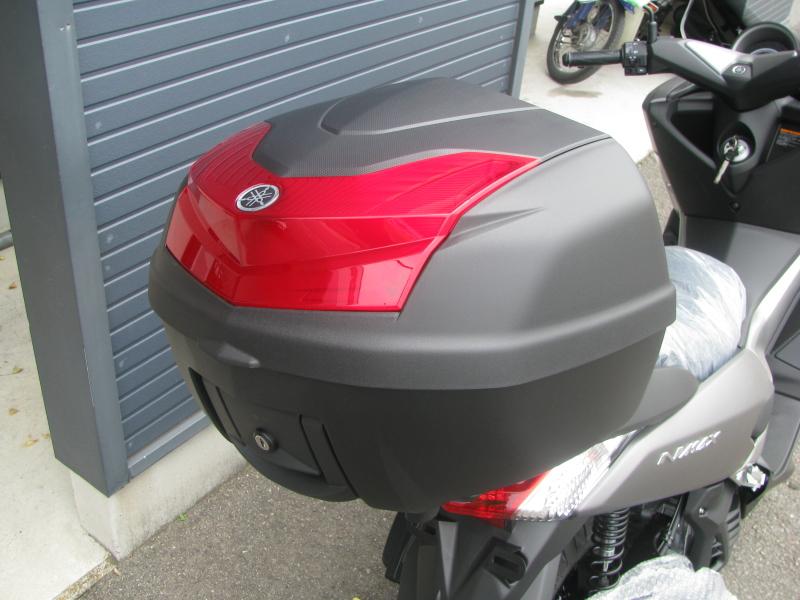 新車 ヤマハ NMAX快適セレクション マットブラック(マットグレイ) トップボックス