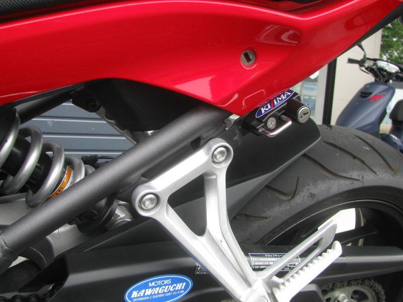 中古車 ホンダ CBR650F ABS レッド ヘルメットホルダー