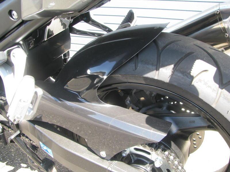 中古車 スズキ バイディット1250F グレイ リヤインナーフェンダー