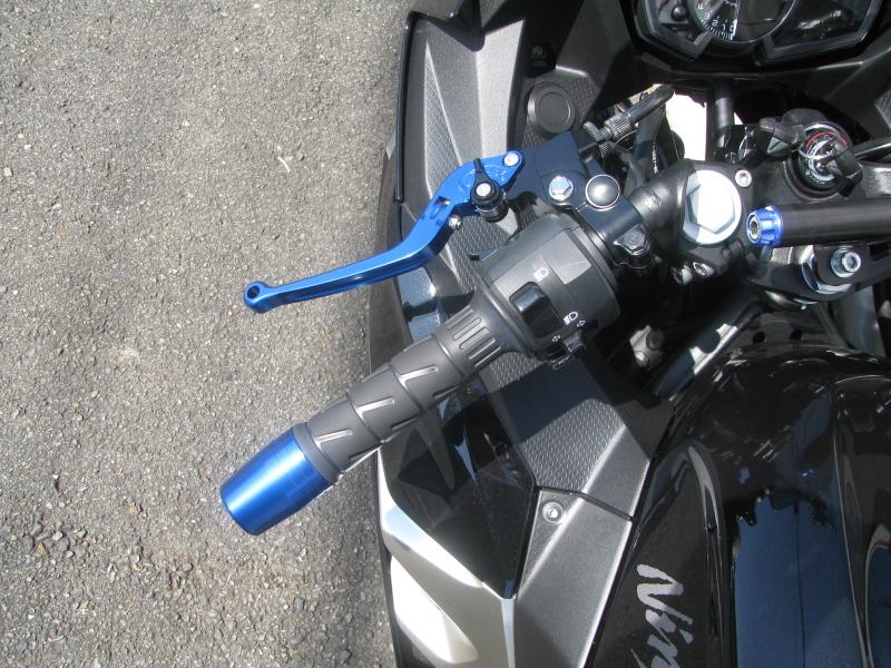 中古車バイク カワサキ NINJA400(ABS付) ブラック ハンドルレバー